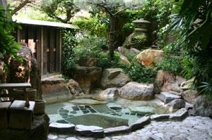 女性のためのサービス満点の宿~和歌山県・湯の峰温泉「あづまや」~