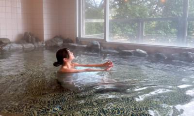 """美肌県しまね""""東京ドーム7個分の自然に溶け込む""""『温泉リゾート風の国』"""
